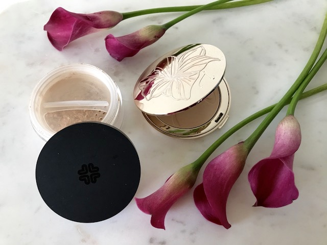 Mineral Makeup Ingredients Debunked (Non-Toxic Foundation Brands